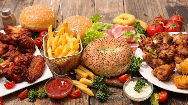Thực phẩm giàu cholesterol - Treo chân mày nên kiêng ăn gì?
