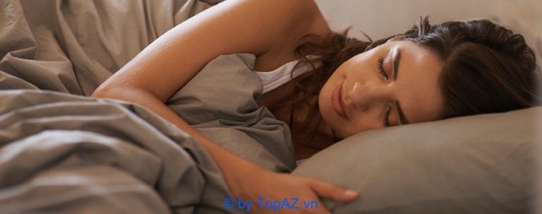 Nâng ngực nội soi sau bao lâu thì có thể nằm nghiêng? - Cách chăm sóc sau khi nâng ngực nội soi giúp mau lành