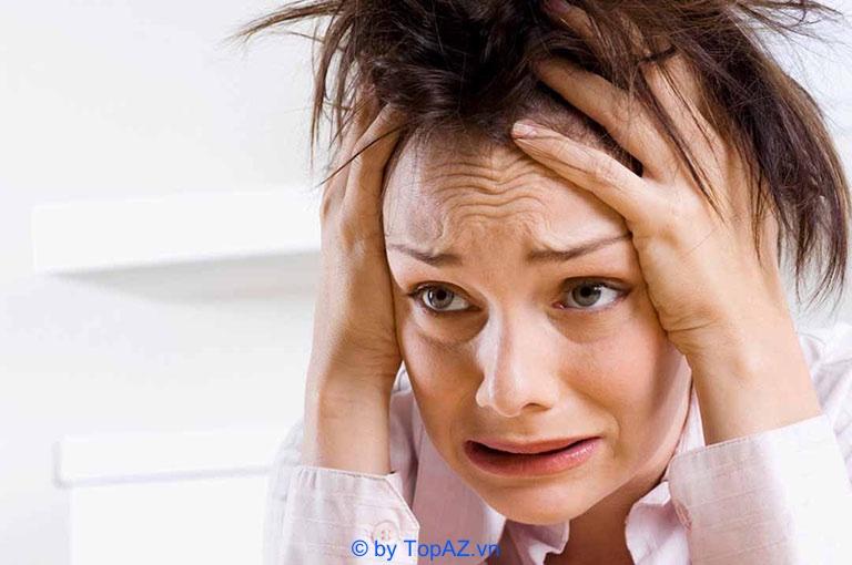 Phẫu thuật căng da mặt có biến chứng gì không?