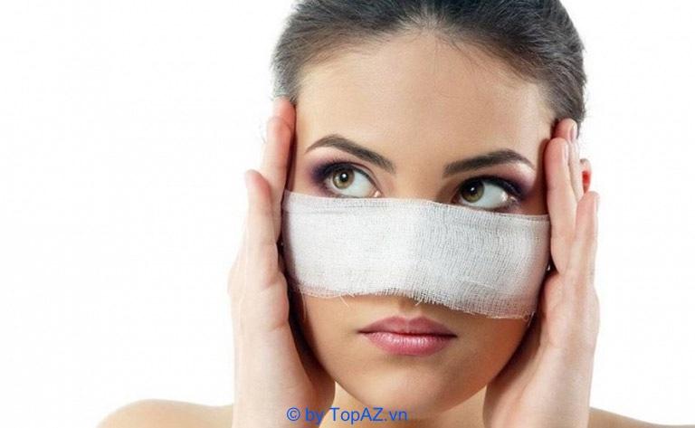 Nâng mũi bằng sụn tự thân có đau không? Có biến chứng gì không?