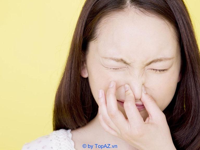 nâng mũi bị lòi sụn bên trong