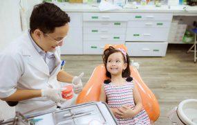 địa chỉ nhổ răng sữa cho bé uy tín tại TPHCM