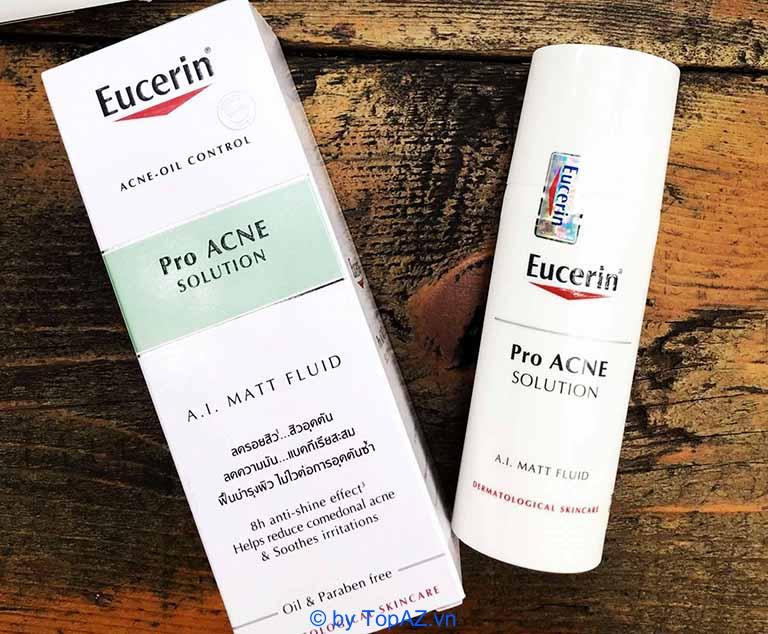 Kem Dưỡng Eucerin Kiểm Soát Nhờn và Giảm Mụn đầu đen hiện đang trở thành một trong những sản phẩm được nhiều chị em săn lùng trên thị trường